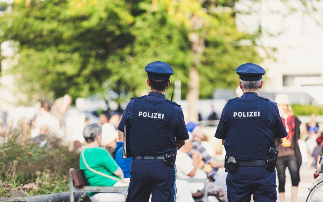 Mehr Polizisten auf der Straße: NRW sicherer machen