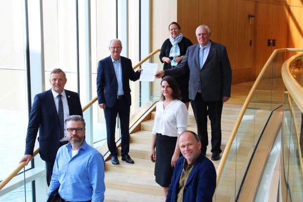 Austauschgespräch zum geplanten Logistikzentrum Würgassen im Landtag NRW